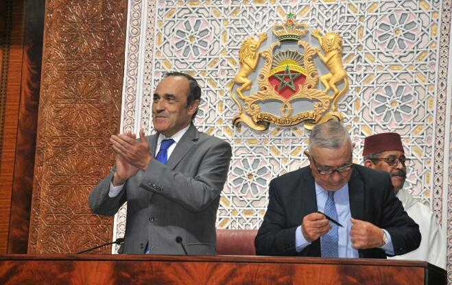 بعد المصادقة على برنامجها.. رئاسة الحكومة تواصل لقاءاتها مع النقابات
