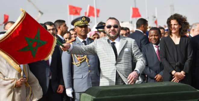 الملك محمد السادس يعطي انطلاقة أشغال إنجاز محطة