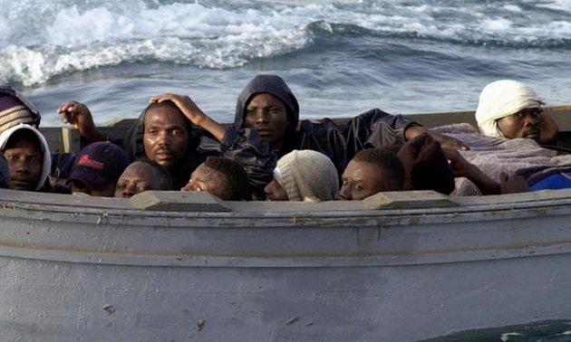البحرية المغربية تنقذ 69 مهاجرا إفريقيا من الغرق
