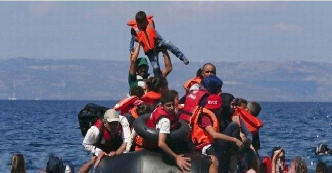 إنقاذ نحو ستة آلاف مهاجر إلى إيطاليا في سواحل المتوسط