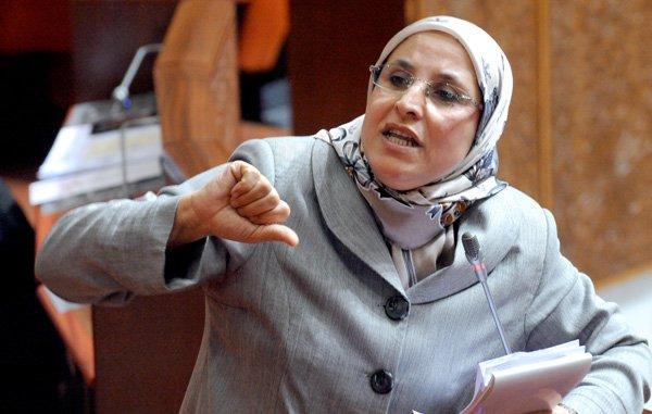 الحقاوي من البرلمان: اللي بغا الإدماج المباشر يعري على كتافه