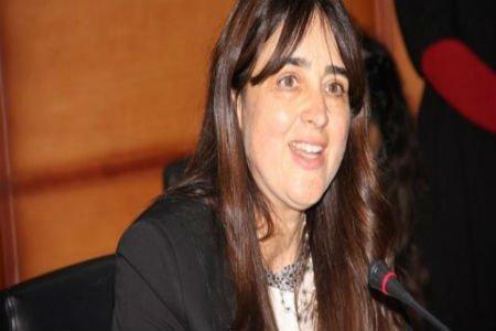 بعد ''سخرية فيسبوكيين''.. الوزيرة بوطالب تتغلب على ''تلعثمها'' بالبرلمان