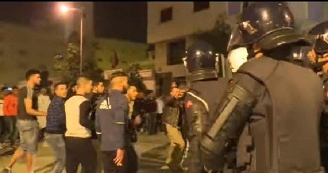 أحداث الحسيمة: اعتقال 22 شخصا ونقل بعضهم إلى الدارالبيضاء وليس لوجهة مجهولة