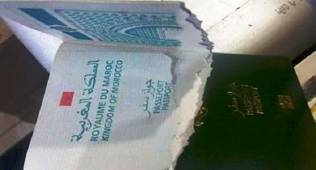 مغربي يشتكي من رجل أمن إسباني مزق جواز سفره بباب سبتة