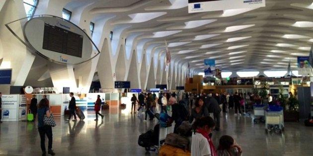 إيقاف فرنسيتين سرقتا حقيبة في مطار مراكش