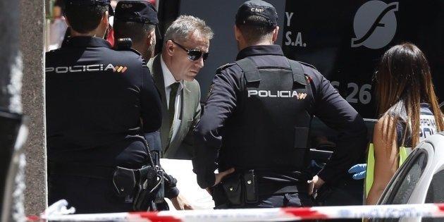 بعد شهر من البحث.. إسبانيا تعتقل مغربيا قتل زوجته الإسبانية وابنها