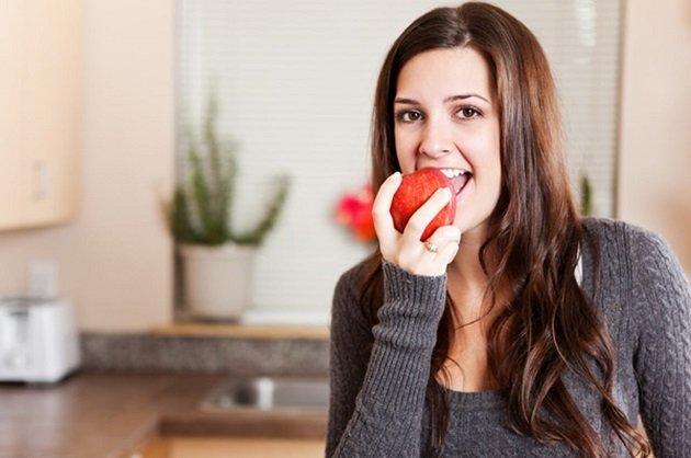 أطعمة خفيفة تحد من الشعور بالجوع و تكافح الدهون