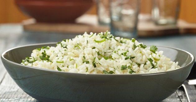 تناول الأرز مساء
