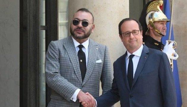هولاند يهنئ الملك محمد السادس بعودة المغرب للاتحاد الإفريقي