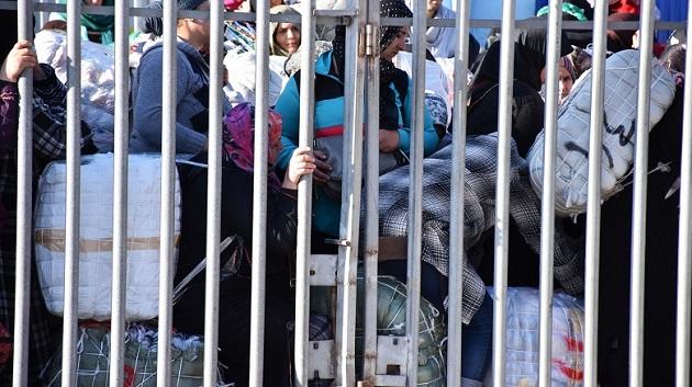 إصابة 3 نساء بباب سيتة إثر تدافع للحمالين