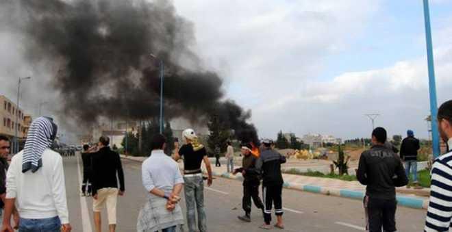 مندوب الصحة: إصابة عدد من عناصر الأمن في مواجهات مع المتظاهرين بالحسيمة