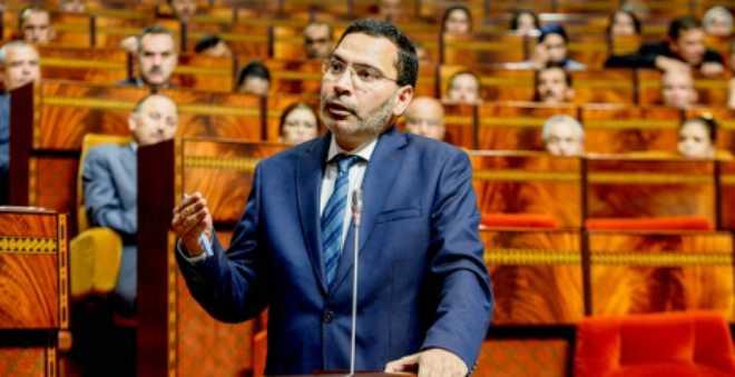 الخلفي معلقا على غياب الوزراء عن البرلمان: هناك تفاوت في الحضور
