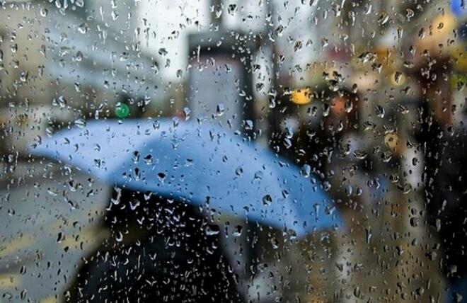 الطقس الحار مستمر وأمطار خفيفة تلطف الأجواء بهذه المناطق