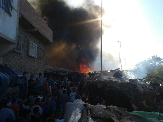 فاس .. حريق مهول يلتهم أكثر من 100