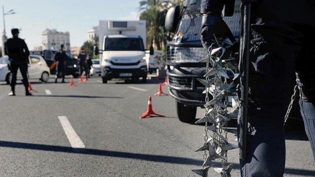 إسبانيا.. اعتقال مغربي حاول دهس شرطيين بسيارته