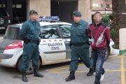 إسبانيا تحقق مع مغربي حاول سرقة حافلة