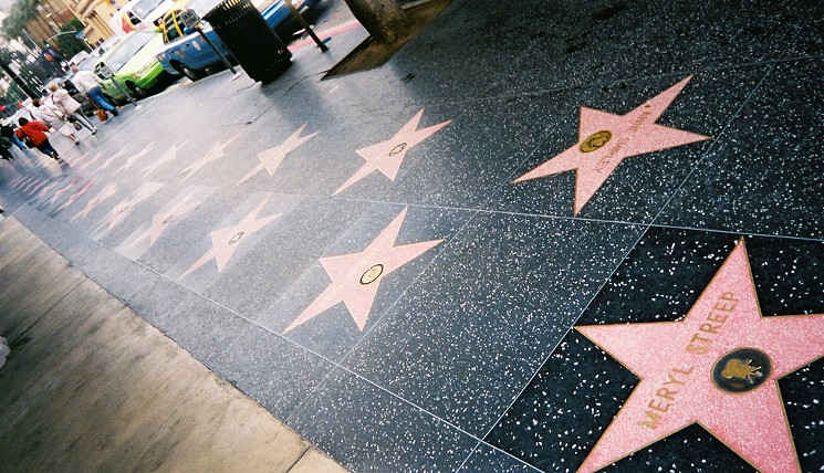 تعرف على أسماء المشاهير الجدد الذين حصلوا على نجمتهم الخاصة في