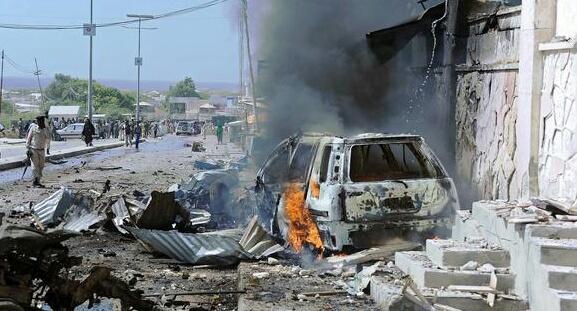 انفجار يهز العاصمة الصومالية ويوقع قتلى وجرحى