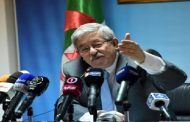 تصريحات مشينة وصادمة للمسؤول الجزائري أحمد أويحيى ضد المهاجرين الأفارقة