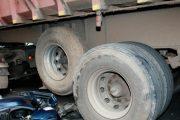 البيضاء.. شاحنة تضع حدا لحياة سائق دراجة نارية بطريقة بشعة