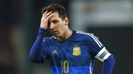 الأرجنتين تعول على ميسي للاقتراب من مونديال 2018