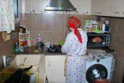 قانون تشغيل عاملات المنازل يرى النور قريبا