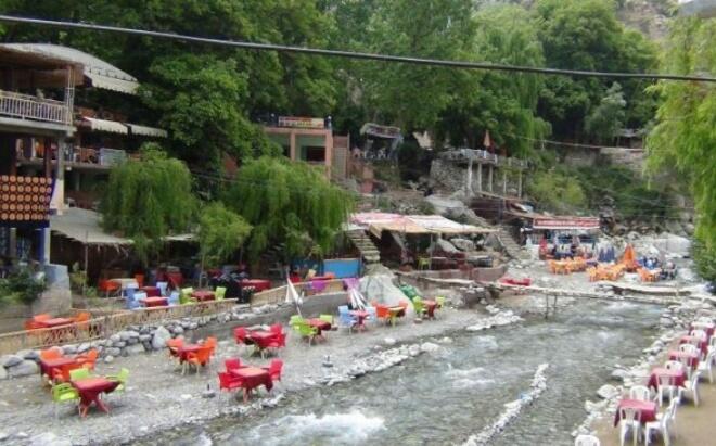 بوطالب تعد محبي السياحة الجبلية بطرق أفضل ومسالك ''بدون حوادث''