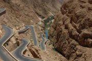 بعد الانهيار الصخري.. وزارة التجهيز تؤكد إعادة حركة السير بممر تيشكا