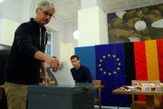 الألمان يدلون بأصواتهم.. وتوقعات ترجح كفة ميركل في ''انتخابات البرلمان''
