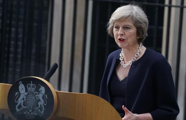 تيريزا ماي تدعو لاجتماع طارئ بعد ''هجوم'' محطة مترو لندن
