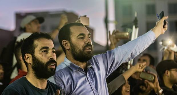احتجاجات حقوقيين لإطلاق سراح معتقلي الريف تطوق عكاشة