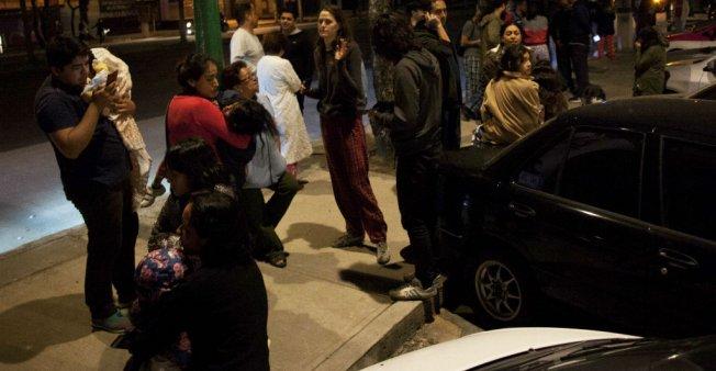 المكسيك تهتز على وقع زلزال قوي و''تنتظر'' تسونامي