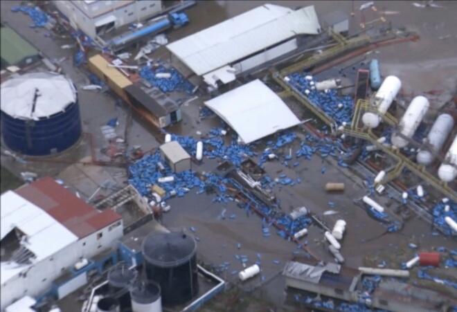 فلوريدا تغرق ومحلاتها تسرق بسبب إعصار ''إرما''