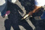 الحسيمة.. مواطنون يفضحون عبر فيديو الغش في تزفيت الطرق