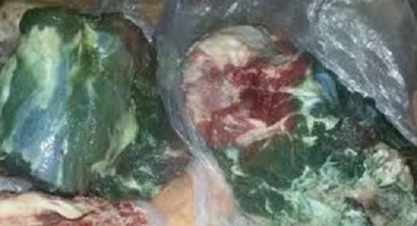 تقرير يرجع تعفن لحوم أضاحي العيد إلى مرض وبائي