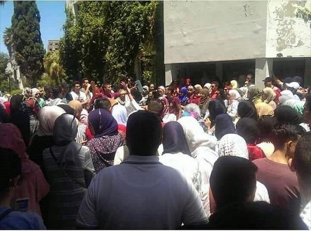 طنجة.. طلبة كلية الحقوق يلوحون بالعودة للاحتجاج
