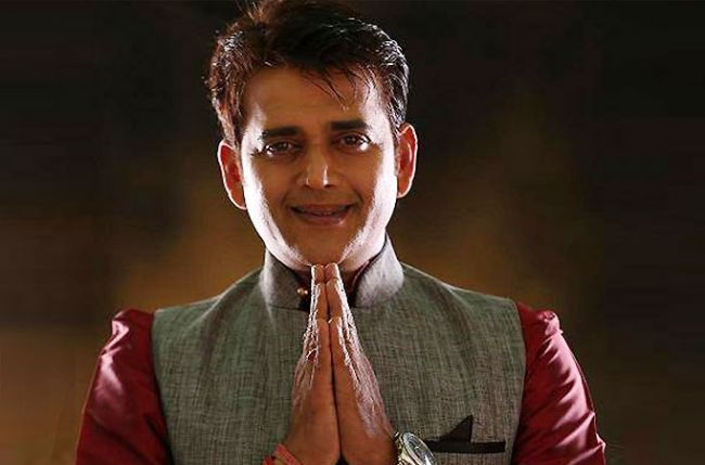 الناظور تحتفي بالممثل الهندي رافي كيشان