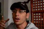 شقيق المعتقل الأبلق يطلب من الصحافة عدم نشر صور أمه لهذا السبب