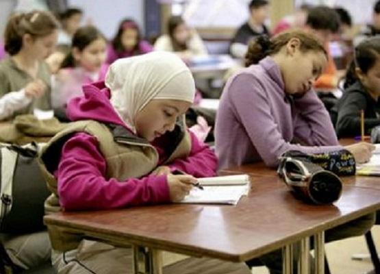 الصويرة.. منع 14 تلميذة من الدراسة بسبب الحجاب