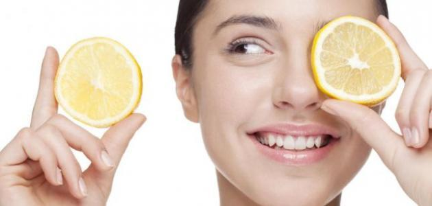 تحضير مقشّر ومبيّض الليمون للوجه