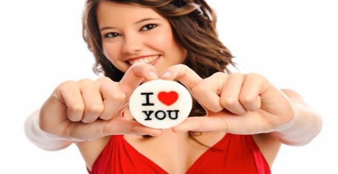 هل أنت واقعة في الحب؟.. 6 مؤشرات تؤكد لك ذلك !
