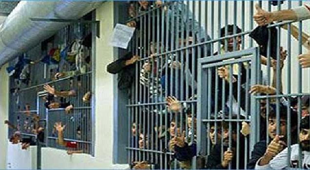 الخلفي: سجون جديدة للتخفيف من الاكتظاظ وأنسنة ظروف الاعتقال