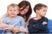 نصائح ذهبية للتعامل مع الغيرة لدى أطفالك