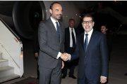 الوزير الأول الفرنسي يحل بالرباط رفقة وفد رفيع وملفات هامة على طاولة النقاش
