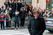 بلجيكا تمنح رئيس كاتالونيا ومستشاريه سراحا مشروطا