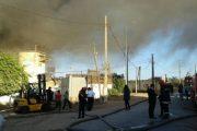 الدار البيضاء.. تماس كهربائي يتسبب في حريق مهول بمستودع أقمشة بالهراويين