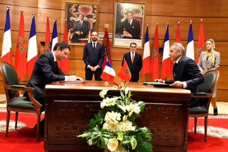 المغرب وفرنسا يوقعان 23 اتفاقية اقتصادية