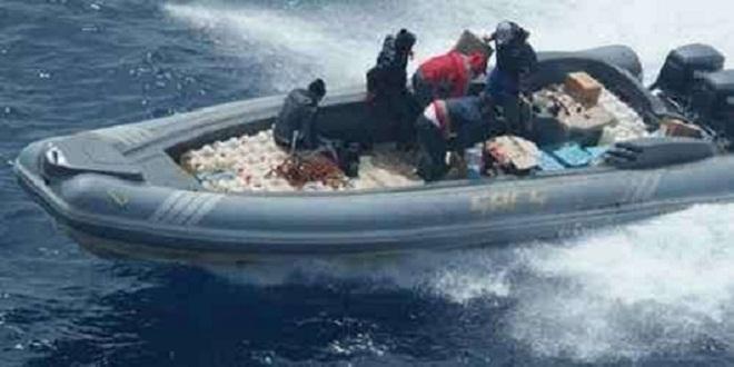 إحباط عملية تهريب نصف طن من مخدر الشيرا عبر السواحل المغربية