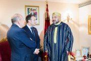 الملك محمد السادس يستقبل بأبيدجان الرئيس الفرنسي إيمانويل ماكرون