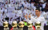الكرة الذهبية تستفز أنصار رونالدو وميسي